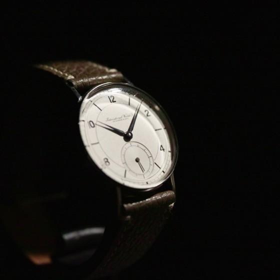 ヴィンテージ時計が入荷しました。